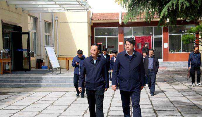 市委副书记、市委党校校长杨小平一行来市委党校调研工作